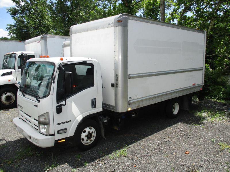 2011 ISUZU NPR HD - Jim Reed's Truck Sales